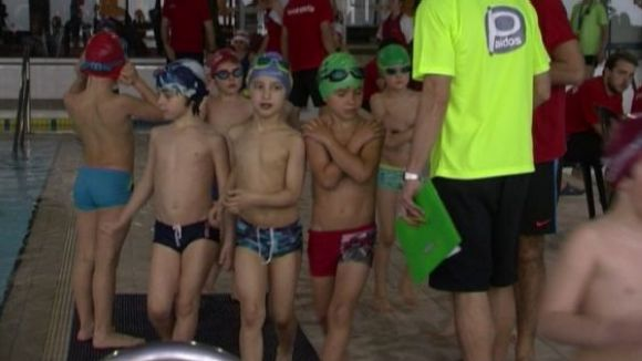 Més de 200 nedadors disputen diumenge el Campionat de Natació escolar
