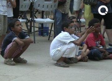 Sant Cugat rep la quinzena de nens sahrauís amb una festa a la plaça de Barcelona