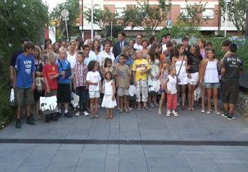 L'Ajuntament dóna la benvinguda als nens russos orfes que passaran l'estiu amb famílies santcugatenques