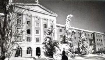 El Centre Borja durant la nevada de 1962 (estampa d'autor desconegut)