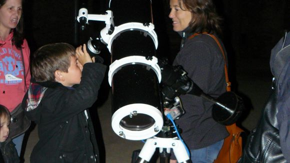 Nova sessió d'observació d'estels al Monestir