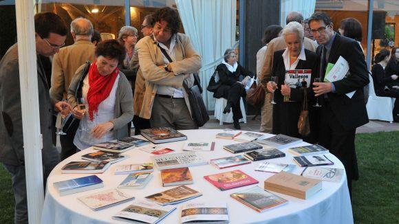 La 10a Nit Literària d'Òmnium retrà homenatge al poeta Francesc Garriga