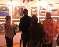 Els espais artístics obren fins a mitjanit per atreure l'escàs públic artístic