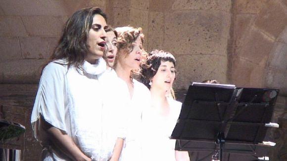 Voxalba porta al Claustre un repertori divers, únic i femení