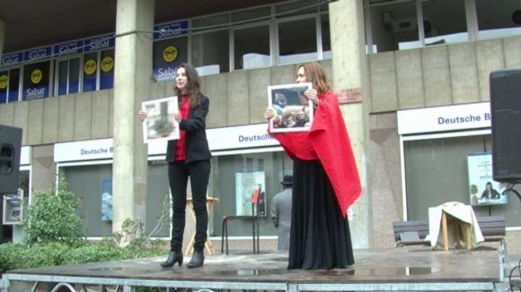 Clam unitari per la pau i la llibertat d'expressió en la Diada per la No Violència