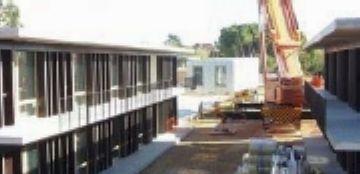 Unnim dóna 30.000 euros a l'Escola d'Arquitectura per l'estalvi energètic de la nova residència