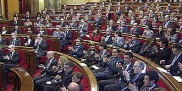 Tres santcugatencs prenen possessió de l'escó al Parlament