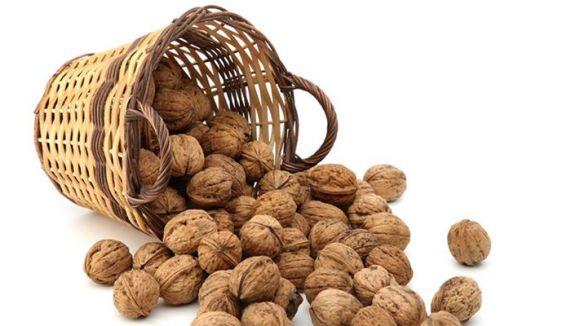 Cugat.cat sorteja tres caixes de fruits secs de la botiga Corbera