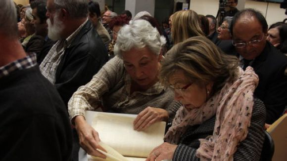 La Generalitat lliura una nova remesa dels 'papers de Salamanca' als propietaris