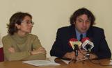 La regidora de Comunicació, Marta Subirà, i el director de l'OAMCIC, Xavier Fornells, van presentar la nova programació de RSC en roda de premsa