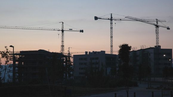 ICV-EUiA, contrària a la venda dels pisos públics de la Generalitat