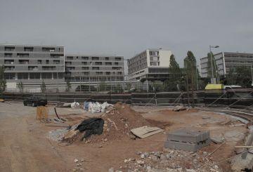 Comencen les obres d'arranjament de l'aparcamanet de l'avinguda Montserrat Roig a Mira-sol