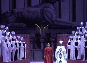 La majestuositat d''Aida' evidencia la vigència del clàssic operístic