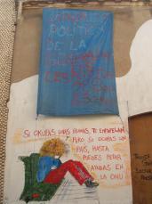 La direcció general de Patrimoni comunica als joves l'obligació d'abandonar la casa