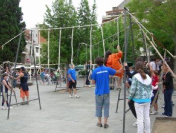 Els Jocs Esportius Escolars s'acomiaden de la temporada omplint l'entorn del Monestir