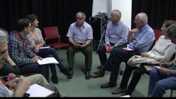 Els socis d'Òmnium debaten sobre el rumb de l'entitat per encarar el 27S