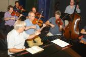 La formació ha estat assajant un concert que faran amb el pianista Joaquin Achúcarro al Festival de Torroella de Montgrí