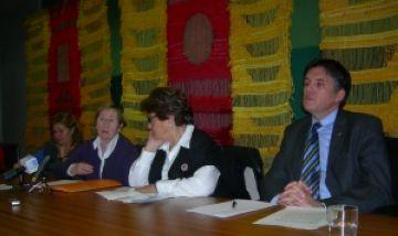 L'Oncolliga presenta a l'Ajuntament la seva delegació a la ciutat