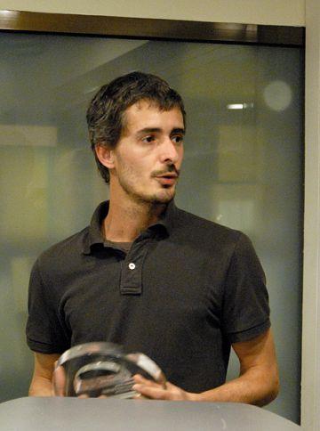 David Mengual rep el premi Jaç de la crítica d'Enderrock