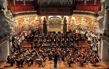 Una setantena de joves músics catalans assagen amb l'OSSC
