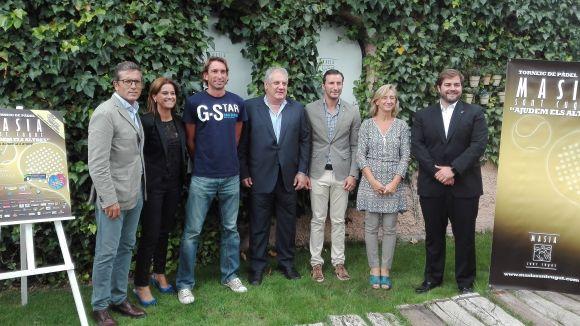 El torneig de pàdel Masia 'Ajudem els altres' continua l'aposta solidària