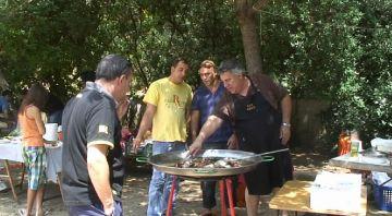 La trobada de paellers dóna el toc gastronòmic a la Festa Major de la Floresta