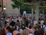 El Paga-li Joan es balla durant Festa Major, en la diada de Sant Pere (29 de juny).