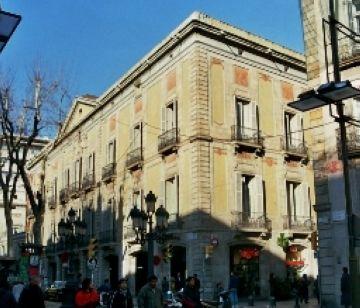 Oberta al Palau Moja de Barcelona la capella ardent de Porcel
