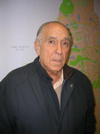 De Miguel lamenta que el promotor d'UNIS no posi 'ni un duro' a la candidatura