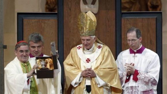 Sorpresa i comprensió des de Sant Cugat per la decisió de Benet XVI