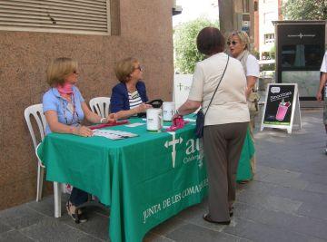 L'Associació contra el Càncer surt al carrer per fer la col·lecta anual