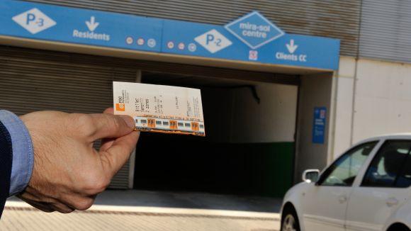 Els usuaris de FGC poden aparcar al Mira-sol Centre tot el dia per dos euros