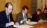 Els representats de Sant Cugat Comerç han signat un conveni amb l'empresa que gestiona el pàquing