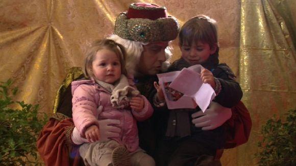 Els Patges Reials recullen les cartes dels nens i nenes santcugatencs