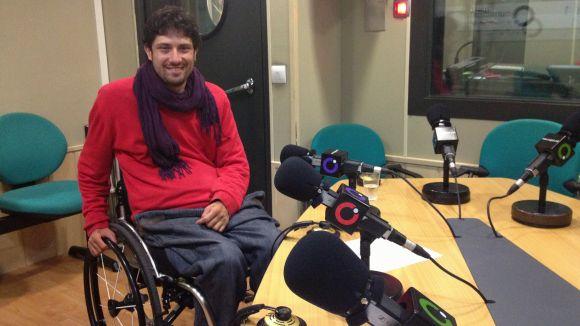 L'empresari Pau Bach a l'estudi Ramon Barnils de la ràdio de Sant Cugat