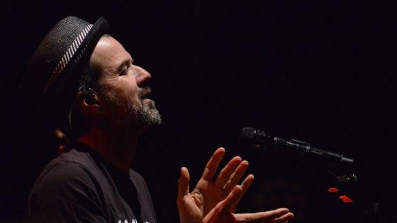 Pau Donés, durant el concert / Foto: Localpres