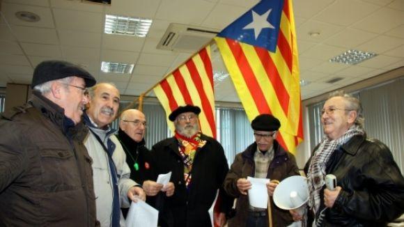 El futur de les pensions i del català, a debat en una conferència
