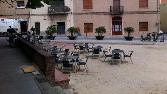 La plaça de Pep Ventura acull la primera revetlla dels veïns de Pla de l'Hospital