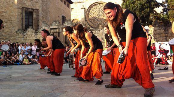 Sant Cugat retomba a ritme dels percussionistes locals