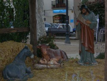 Decapitada la Mare de Déu del pessebre de la plaça de Barcelona