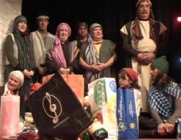 El grup de teatre Espiral proposa 'Escenes de pessebre' interactives i solidàries