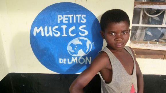 Petits Músics del Món, a la guia multimèdia de projectes locals solidaris