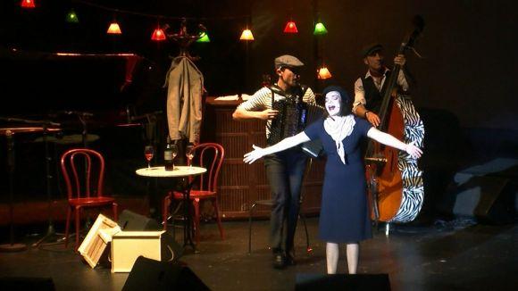 'Piaf! The Show' transporta el públic santcugatenc a la bohèmia parisenca