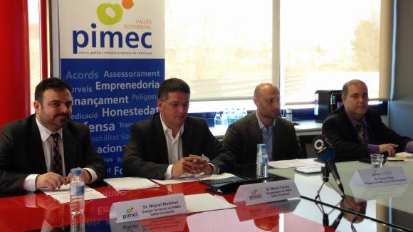 Representants de Pimec al Vallès Occidental durant la presentació de 'Diguem Prou'