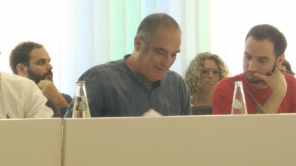 Ramon Piqué formalitza al ple la renúncia com a regidor de la CUP-PC