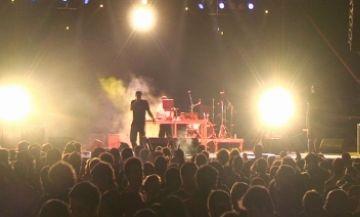 Les Barraques es mouen a ritme de reggae i rap català amb Pirat's Sound Sistema