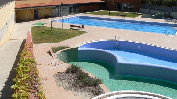 Les piscines ofereixen cursets de natació la primera quinzena de setembre