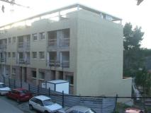 Bloc de pisos de l'Avinguda Estació de la Floresta.
