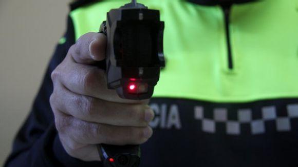 La CUP-PC vol que es prohibeixi l'ús de pistoles elèctriques Taser a la Policia Local