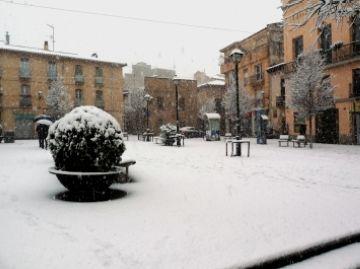 La plaça de Sant Pere, nevada al 2010